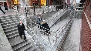 rampa y escalera accesibilidad universal