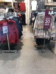 racks ropa no accesible